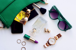 Handbag essentials: 10 beauty products you should ALWAYS have in your bag