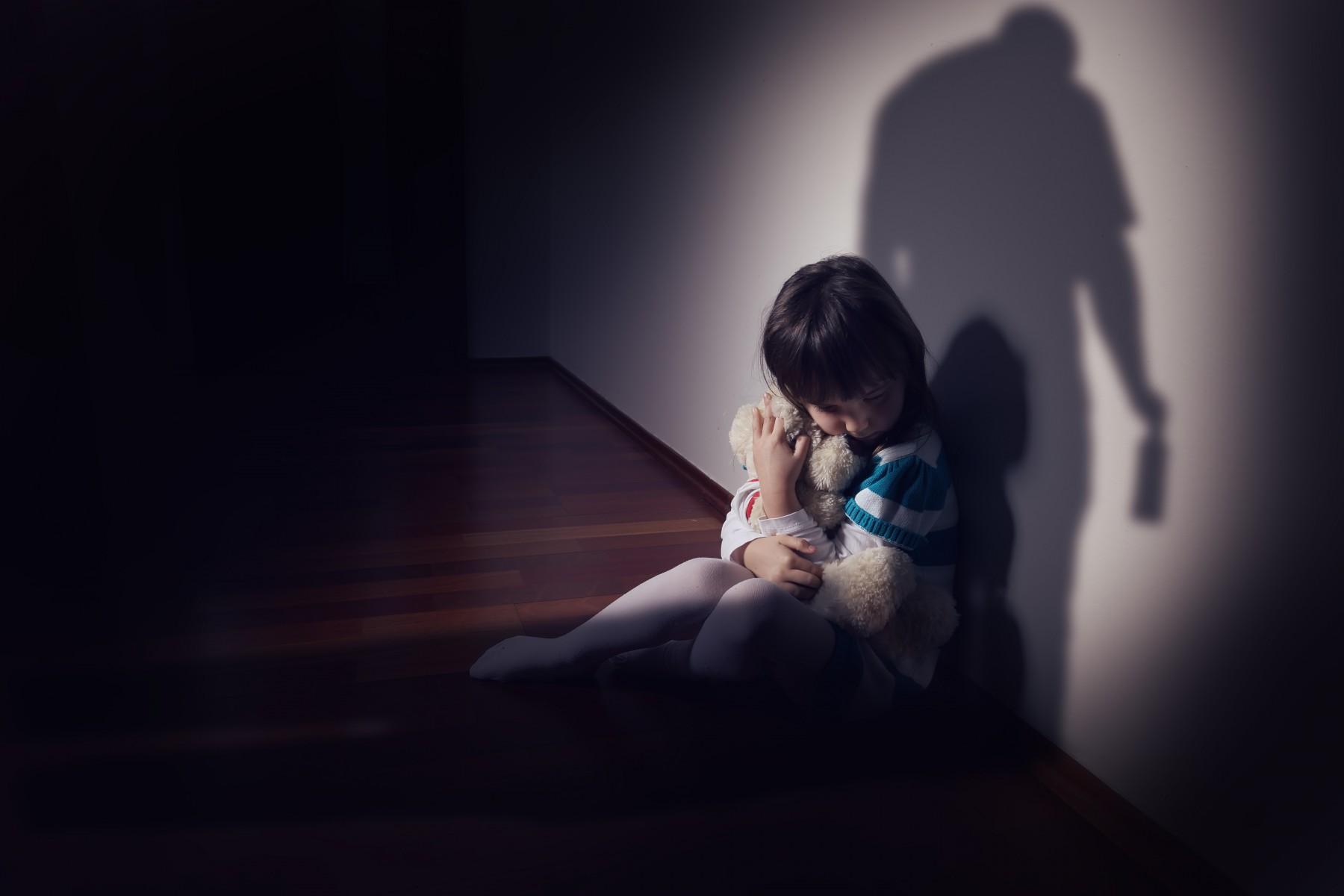 Rob Kardashian Puts 'Cheating' Ex Blac Chyna on Blast with Graphic photos of child abuse