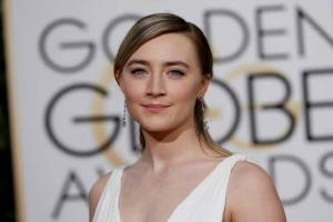 Shes my rock: Saoirse Ronans mum gushes about her daughter