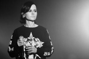 Huge crowds gather to say goodbye to Dolores O Riordan