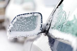 Gardai advise car owners not to leave engines running to de-ice vehicles