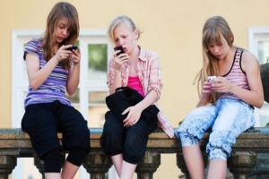 Concerning number of 8-13 year olds have their own social media accounts