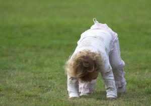 7 ways to distinguish between your toddler and a drunk person