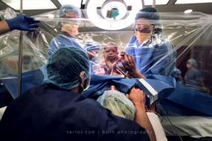 These INCREDIBLE birth photos show just how bad-ass mums are