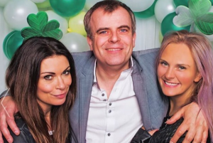 Coronation Streets Simon Gregson opens up about his wifes ectopic pregnancy