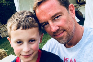 Simon Thomas honours his late wife in an Instagram post