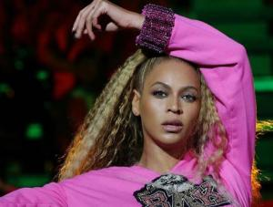 We love you: Beyoncé pays loving tribute to the Queen of Soul in her hometown