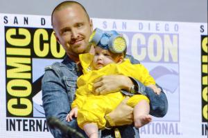 Aaron Paul dressed his daughter as Baby Heisenberg at Comic-Con