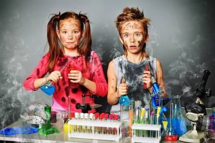 Five reasons your child NEEDS to go to the Junior Einstein SUMMER SCIENCE CAMP