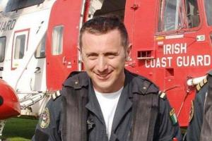 Wife of Rescue 116 Captain gives funds raised for her family to ISPCC