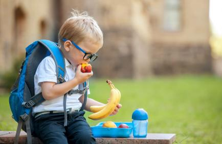 Warning issued to parents of hidden sugars found in kids lunchboxes