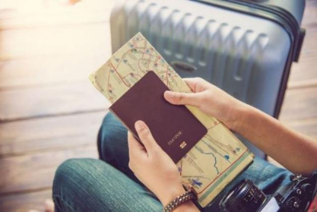 Travelling over the holidays? Irish passports can now be renewed online