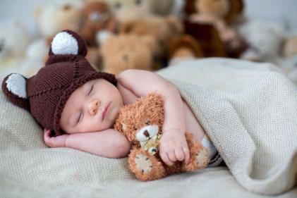 Sleep expert shares top tips on helping to Christmas Proof your childs sleep