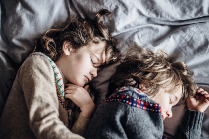 Research suggests kids with regular bed-times could be healthier as teens
