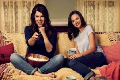 Calling all Gilmore Girls fans: You can now visit Stars Hollow
