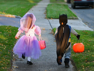 Halloween is coming! Have you got your party games planned?