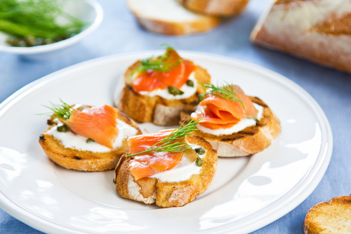 Smoked salmon canap s mummypages for Smoked salmon canape