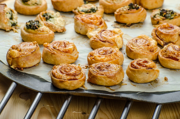 Salmon and dill canap puffs mummypages for Puff pastry canape ideas