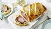 Beef Wellington with tarragon sauce