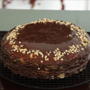 Chocolate crêpe cake