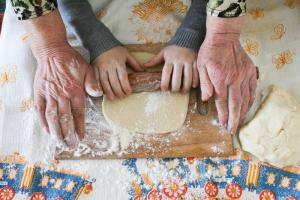 10 reasons why Grannies are total legends (and we couldnt manage without them)