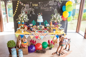 To infinity and beyond: Toy Story birthday parties, from decorations to cakes