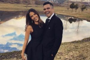 Shes a hot mom: Cash Warren gushes over pregnant wife Jessica Alba