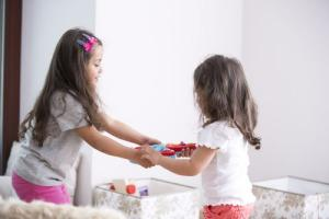 Is the youngest sibling the favourite? Experts believe so
