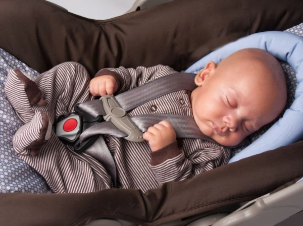 Parents Being Warned To Not Let Newborns Sleep In Car Seat For Long Periods Of Time